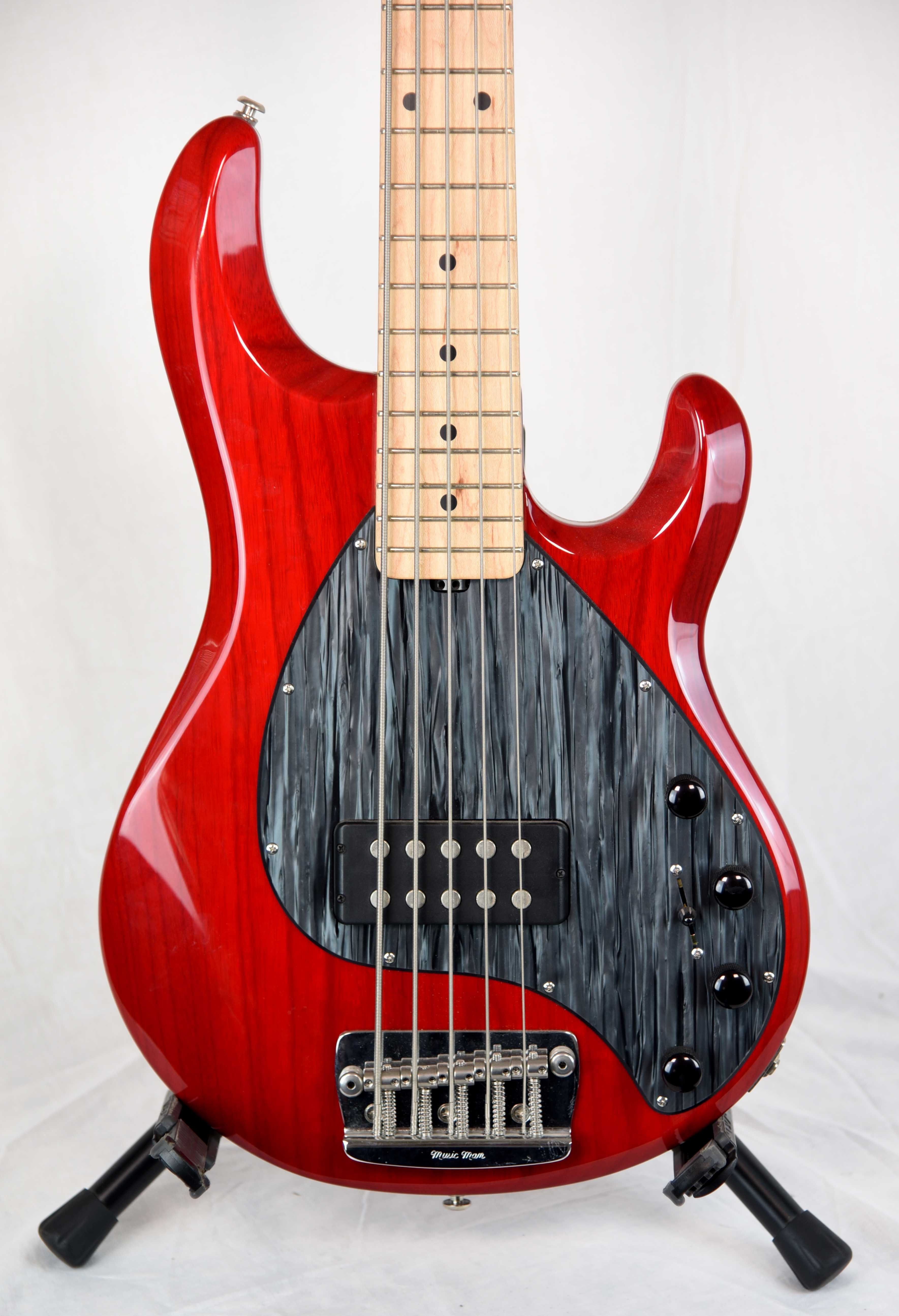 musicman used 2005 stingray 5 westwood music tradition since 1947. Black Bedroom Furniture Sets. Home Design Ideas